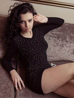 Dress Porn Pictures