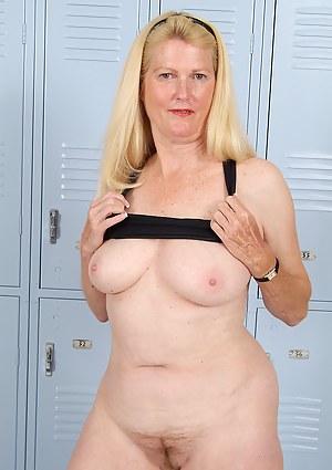 Locker Room Porn Pictures